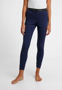 GAP - LOGO - Spodnie od piżamy - military blue - 0