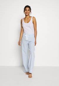 GAP - POPLIN PANT - Pyjamasbukse - blue/white - 1