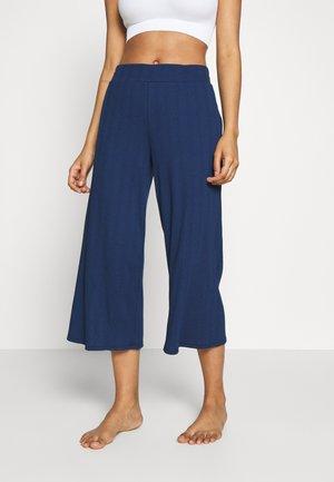 SUM SLOUNGE CULOTTE - Pyjamasbukse - pangea blue