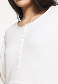 GAP - LOUNGE  - Pyjamasoverdel - milk - 5