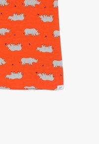 GAP - TODDLER BOY RHINO  - Pyjama set - sport orange - 4