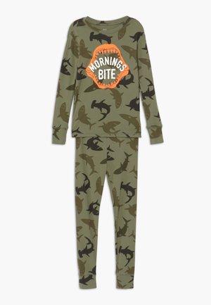 BOY BITE - Pijama - army camo
