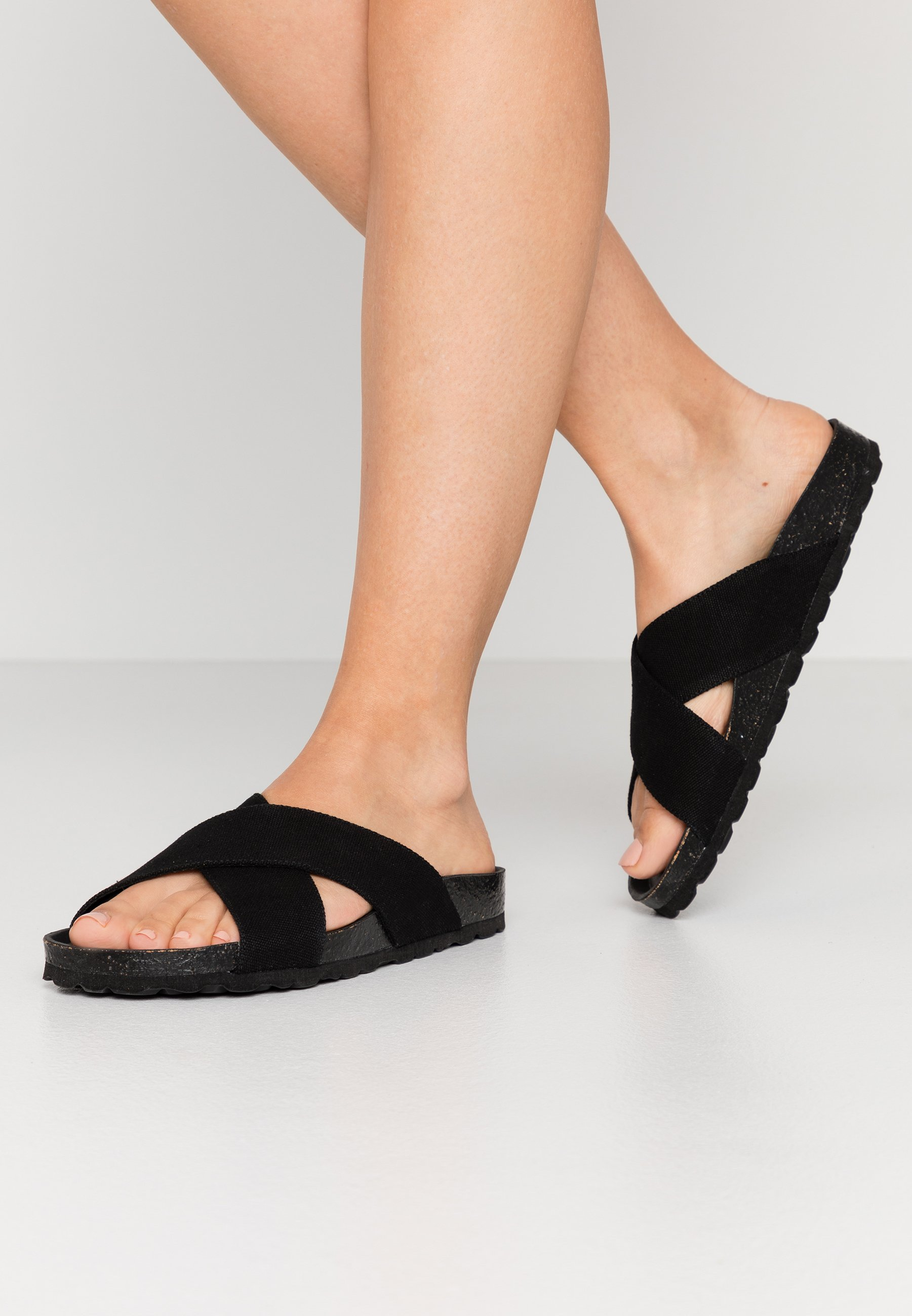 Grand Step Shoes LOLA Klapki black Zalando.pl