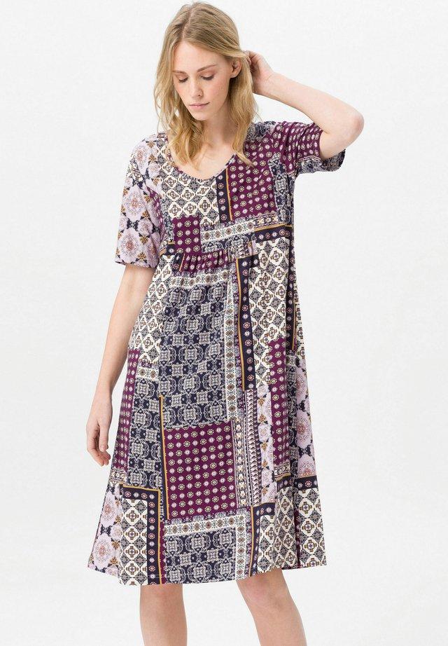 Jersey dress - violett/multicolor