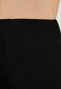 Great Plains London - ADELAIDE - Pantalon classique - black - 4