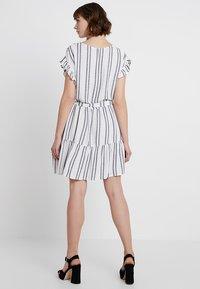 Great Plains London - SAHARA STRIPE DRESS - Kjole - milk/dark navy - 2