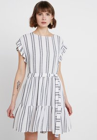 Great Plains London - SAHARA STRIPE DRESS - Kjole - milk/dark navy - 0