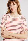 Great Plains London - MONROE STRIPE DRESS - Jerseykleid - milk/ fiery red