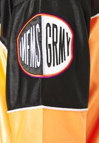 Grimey - ACKNOWLEDGE FOOTBALL - Triko s potiskem - orange - 3