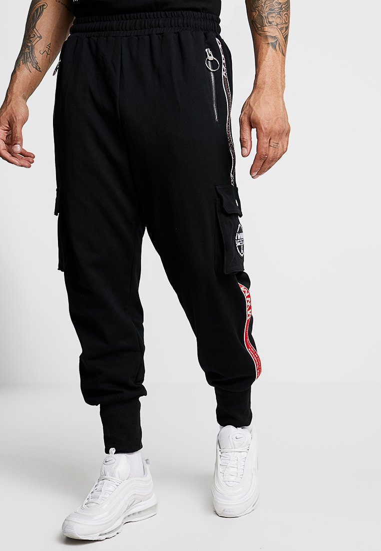 MWM - CARGO TROUSER SIDE STRAP - Tracksuit bottoms - black