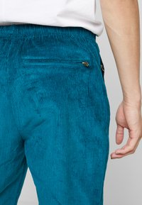 Grimey - ENGINEERING TRACK PANTS - Tracksuit bottoms - green - 3