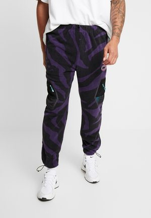 MYSTERIOUS VIBES POLAR PANTS - Verryttelyhousut - black