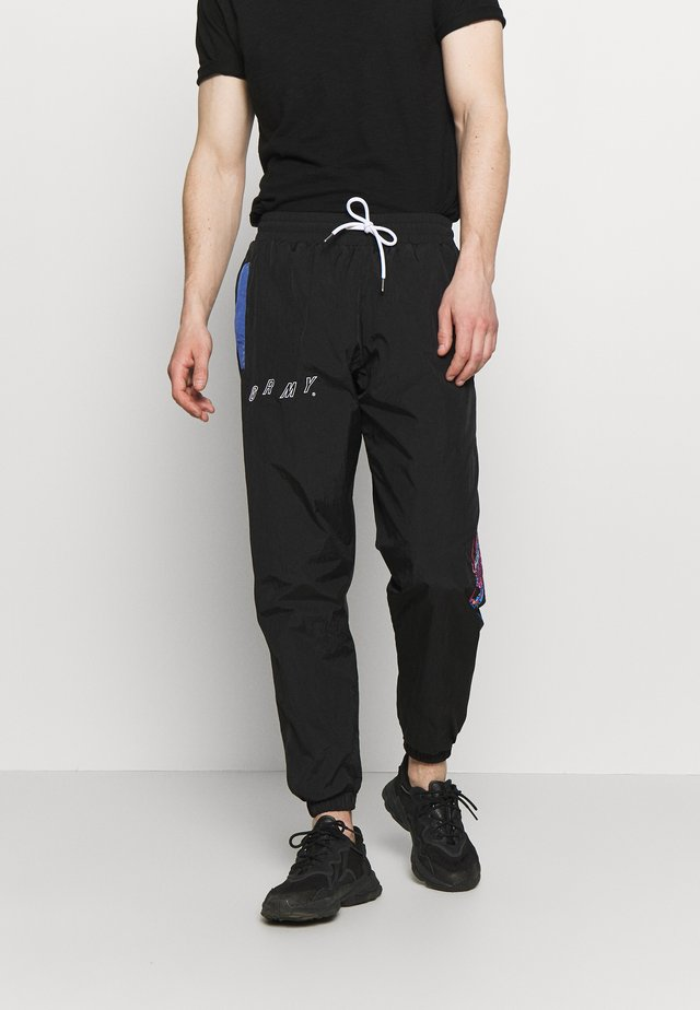 URMAH DOJO TRACK PANTS - Tracksuit bottoms - black