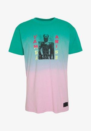 YANGA TEE - T-shirt med print - green