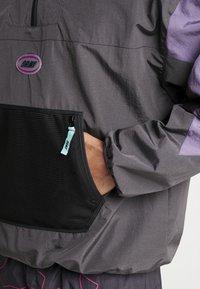 Grimey - MYSTERIOUS VIBESRAINCOAT - Waterproof jacket - black - 5