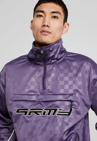 Grimey - SIGHTING IN VOSTOK TRACK JACKET - Giacca sportiva - purple - 3