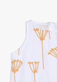 GRO - RIKKE SLEEVELESS DRESS - Vestido informal - white - 5