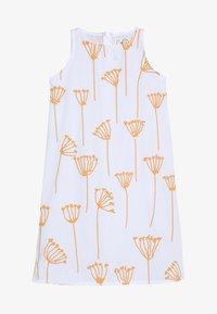 GRO - RIKKE SLEEVELESS DRESS - Vestido informal - white - 4