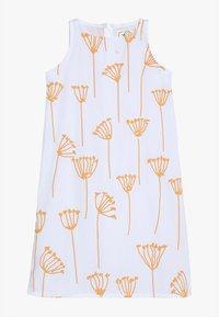 GRO - RIKKE SLEEVELESS DRESS - Vestido informal - white - 0