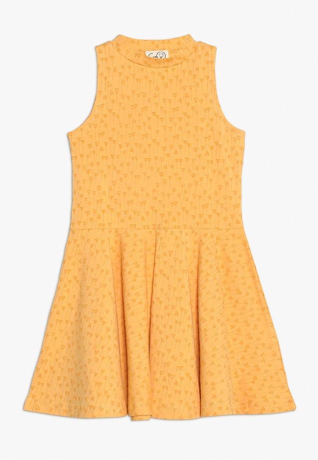 EBBA SEA DRESS - Jerseyklänning - deep golden