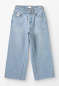 Grunt - WIDE LEG CROP  - Široké džíny - mid blue - 0