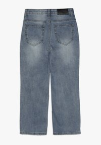 Grunt - MOM DAMAGED CROPED - Relaxed fit jeans - winter blue - 1