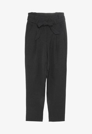 LARKE ANKLE PANT - Spodnie materiałowe - black
