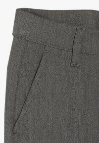 Grunt - DUDE PANT - Oblekové kalhoty - light grey - 2