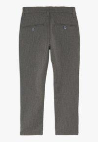 Grunt - DUDE PANT - Oblekové kalhoty - light grey - 1