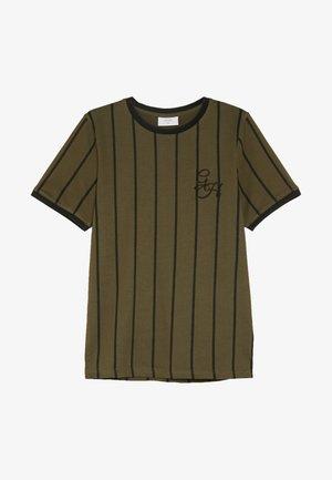 NIKOLAJ TEE - T-shirt print - army green