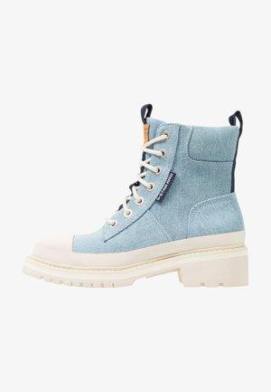 AEFON BOOT - Bottines à lacets - light blue aged