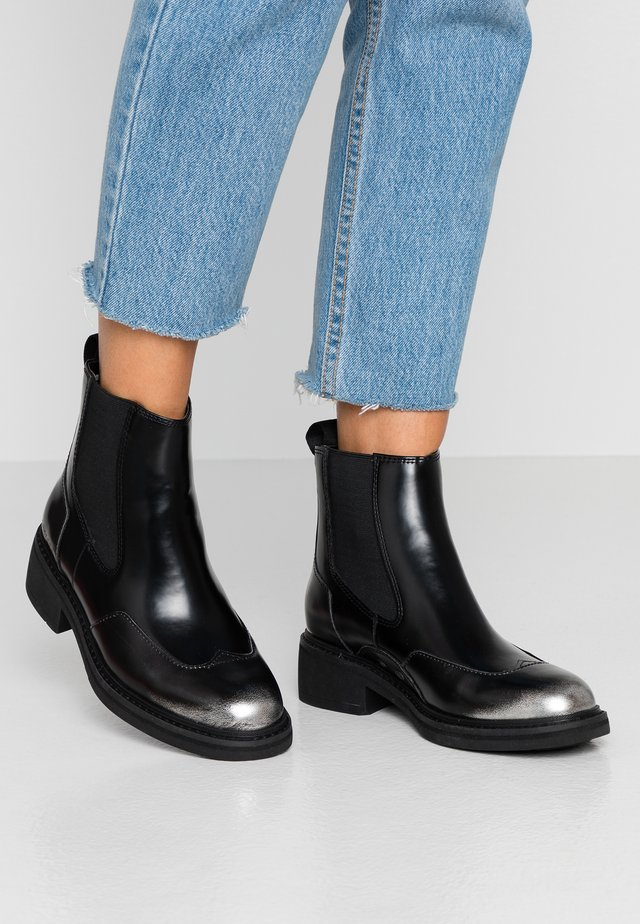 TACOMA CHELSEA - Classic ankle boots - dark silver/dark black
