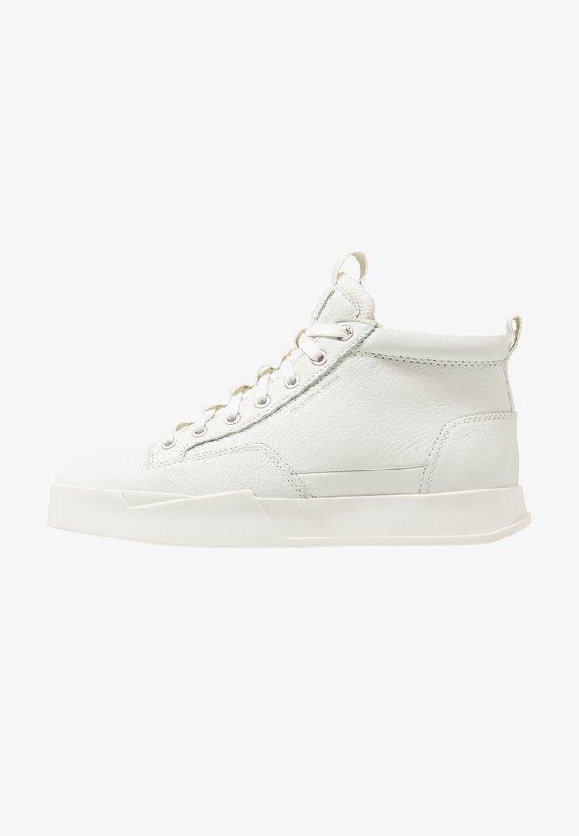 RACKAM CORE MID - Sneakersy wysokie - white