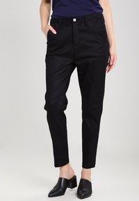 G-Star - BRONSON LOW BOYFRIEND CHINO  - Chino kalhoty - raw pressed - 0