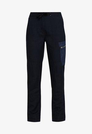 FELDSPAR HIGH STRAIGTH CARGO - Kalhoty - mazarine blue