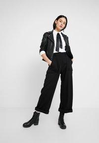 G-Star - ARMY HIGH WIDE LEG WMN - Spodnie materiałowe - dark black - 1