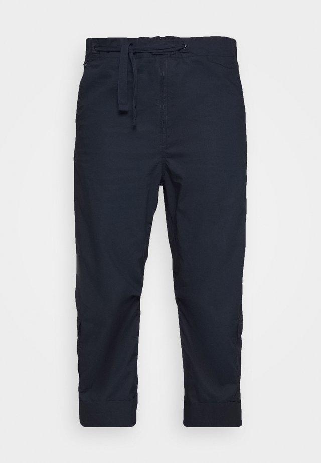 UTILITY HIGH LOOSE CROP - Pantalones cargo - mazarine blue