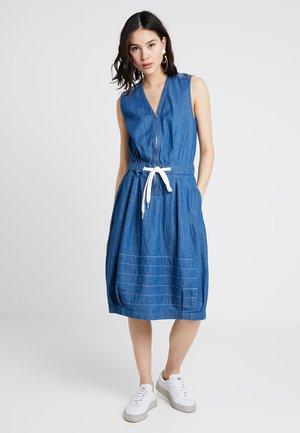 PARACHUTE DRESS - Denim dress - blue denim