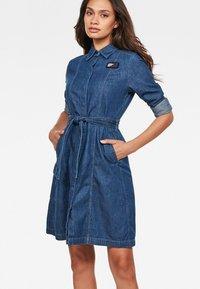G-Star - Robe en jean - blue denim - 0