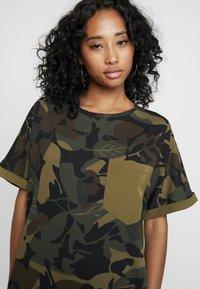 G-Star - MOXEL PKT DRESS WMN S\S - Jersey dress - wild olive/forest night - 4