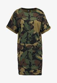 G-Star - MOXEL PKT DRESS WMN S\S - Jersey dress - wild olive/forest night - 5