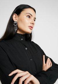 G-Star - LANC MIDI SHIRT DRESS L\S - Košilové šaty - dk black - 5