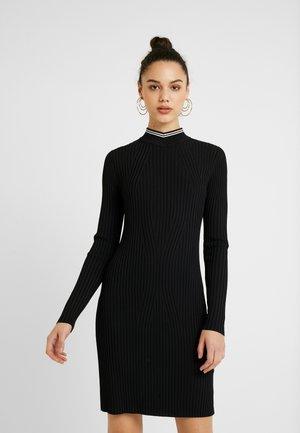 LYNN MOCK TURTLE DRESS - Etui-jurk - black