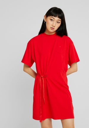 DISEM LOOSE DRESS - Jersey dress - acid red