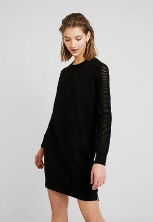GUZAKI DRESS - Vestido de punto - black