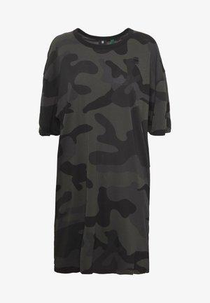 YIVA DRESS - Vestido ligero - raven camo