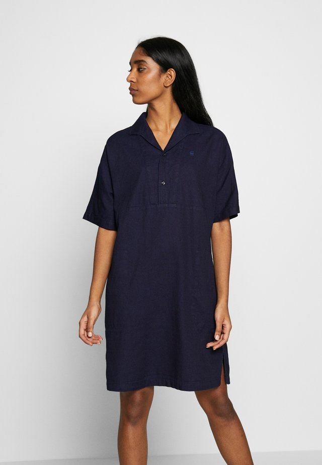 STRAIGHT - Korte jurk - rinsed