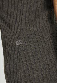 G-Star - VENETIO SLIM FUNNEL DRESS 1\2 SL - Shift dress - asfalt - 6