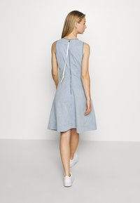 G-Star - FIT AND FLARE DRESS S\LESS - Sukienka jeansowa - rinsed - 2