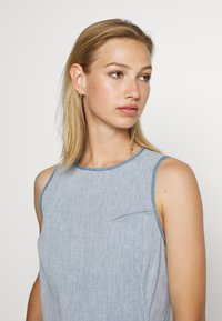 G-Star - FIT AND FLARE DRESS S\LESS - Sukienka jeansowa - rinsed - 3